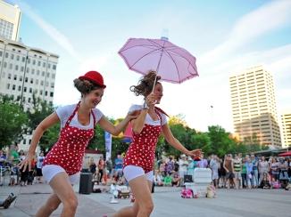 Photograph by Marc J Chalifoux, epicphotography.ca/Edmonton Street Performers Festival